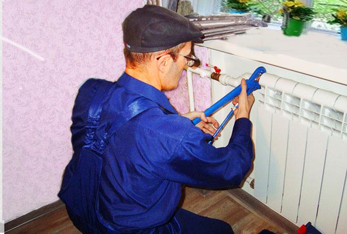 Установка падиаторов отопления